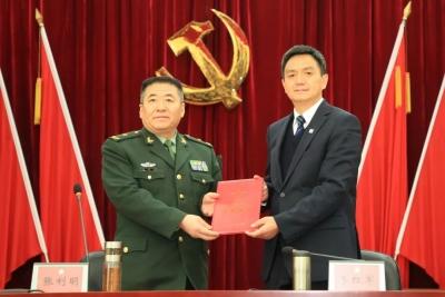 李红军全票当选市十四届人大常委会主任