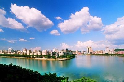 市人大代表视察市区面源扬尘整治工作   倡导低碳环保生活方式