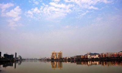 武江区举行教职工趣味运动会,调动教职工健身积极性