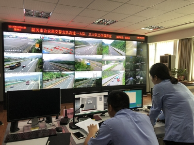京珠北乐广高速严重拥堵,韶关高速交警提供绕行攻略图
