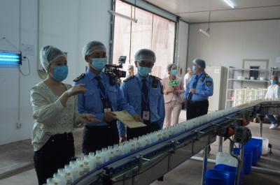 """""""阳光查餐厅""""走进乳制品企业 保障乳制品质量安全"""